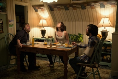 review film 10 cloverfield lane 2016 howard michelle emmett