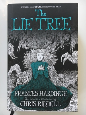 review book the lie tree frances hardinge