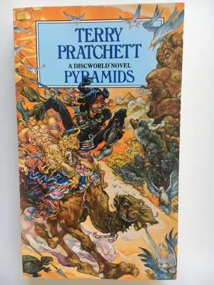 review book pyramids terry pratchett