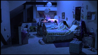 review film paranormal activity 3 2011